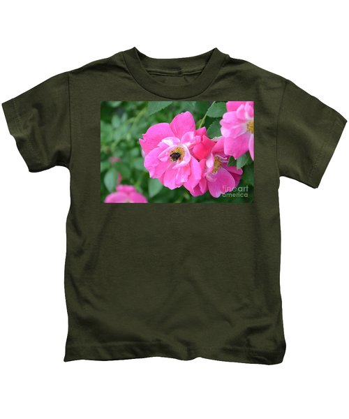 Bee Rosy Kids T-Shirt