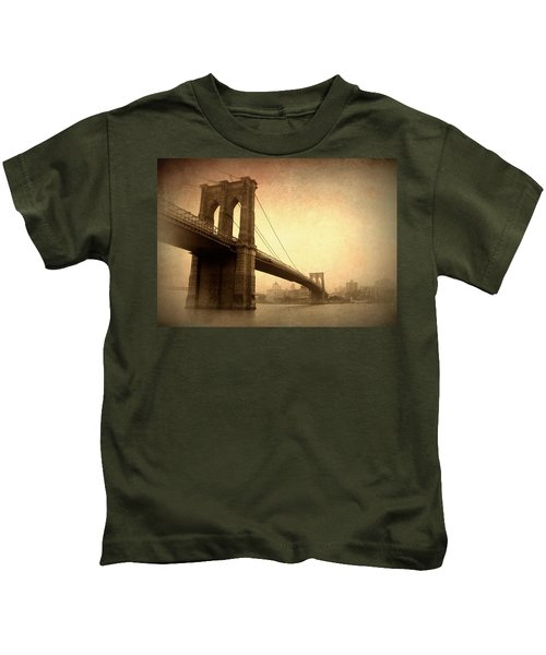 Brooklyn Bridge Nostalgia II Kids T-Shirt