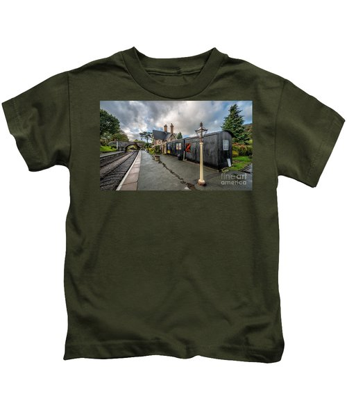 Carrog Railway Station Kids T-Shirt