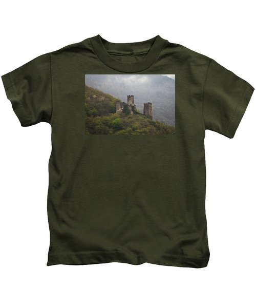 Castle In The Mountains. Kids T-Shirt