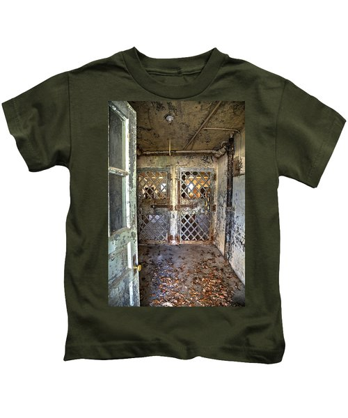 Chain Gang-3 Kids T-Shirt