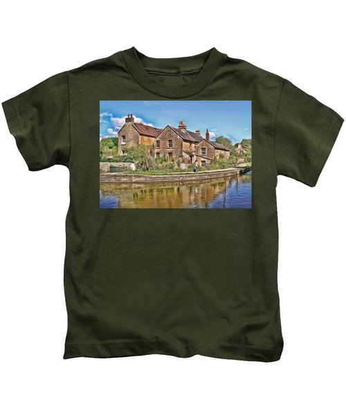 Cottages At Avoncliff Kids T-Shirt