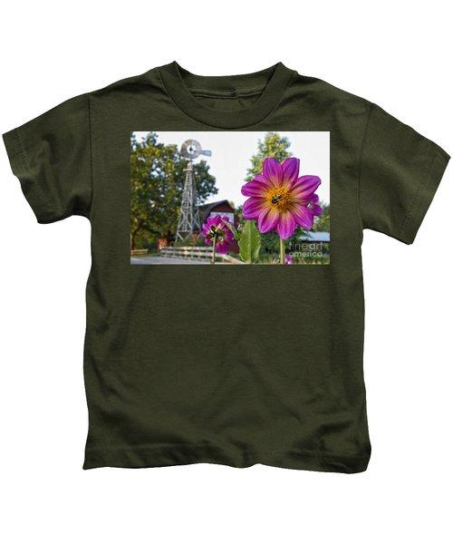 Dahlia Bee And Windmill Kids T-Shirt