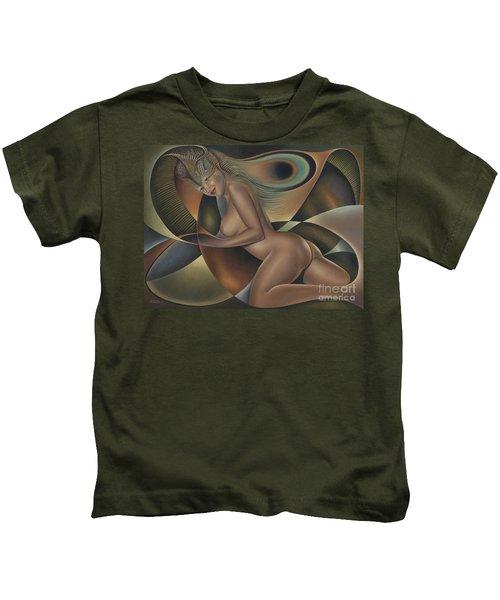 Dynamic Queen 4 Kids T-Shirt