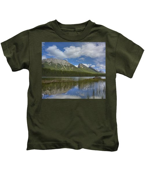 Endless Chain Ridge And Honeymoon Lake Kids T-Shirt
