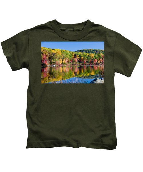 Foilage In The Fall Kids T-Shirt