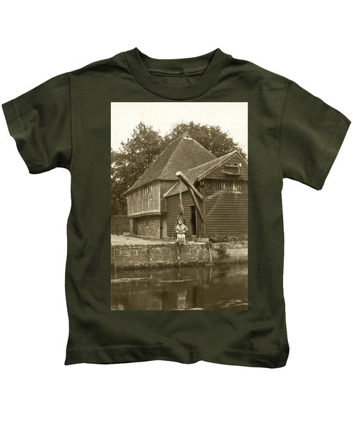 Fordwich Ducking Stool Kids T-Shirt