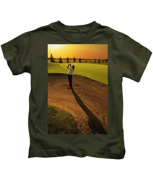 Golfer Taking A Swing From A Golf Bunker Kids T-Shirt