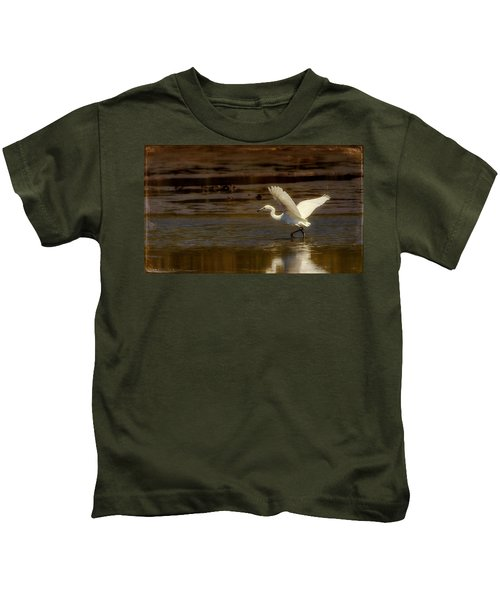 Great Egret Taking Off Kids T-Shirt