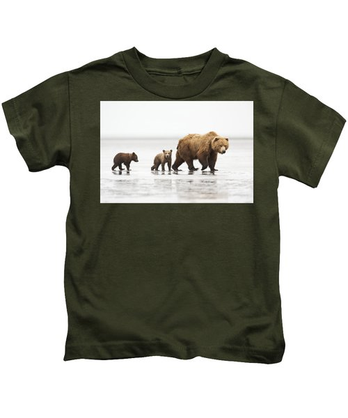 Grizzly Bear Mother And Cubs Lake Clark Kids T-Shirt