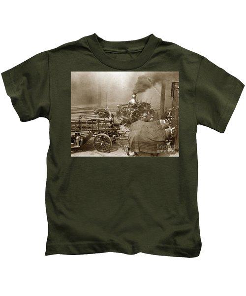 Horse Drawn Water Steam Pumper Fire Truck Circa 1906 Kids T-Shirt