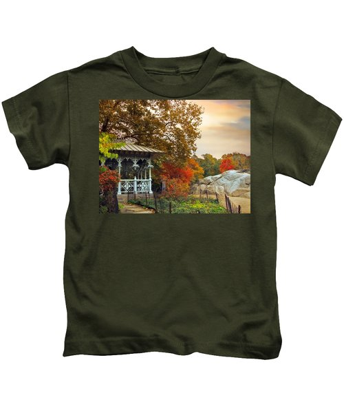 Ladies Pavilion In Autumn Kids T-Shirt