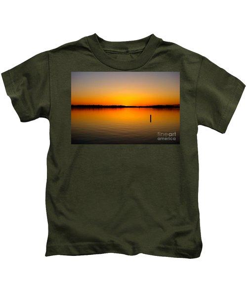 Lake Independence Sunset Kids T-Shirt