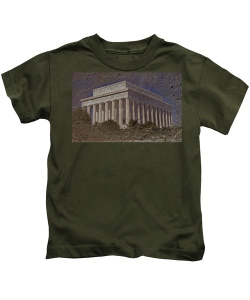 Lincoln Memorial Kids T-Shirt by Skip Willits