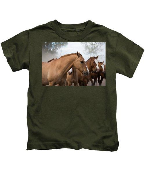 Los Caballos De La Estancia Kids T-Shirt