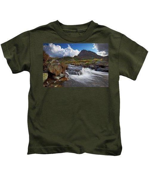 Mighty Tryfan  Kids T-Shirt