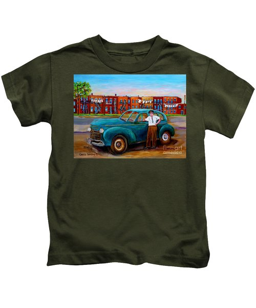 Montreal Taxi Driver 1940 Cab Vintage Car Montreal Memories Row Houses City Scenes Carole Spandau Kids T-Shirt