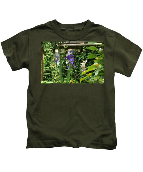 Naturally Sculptured Beauty Kids T-Shirt