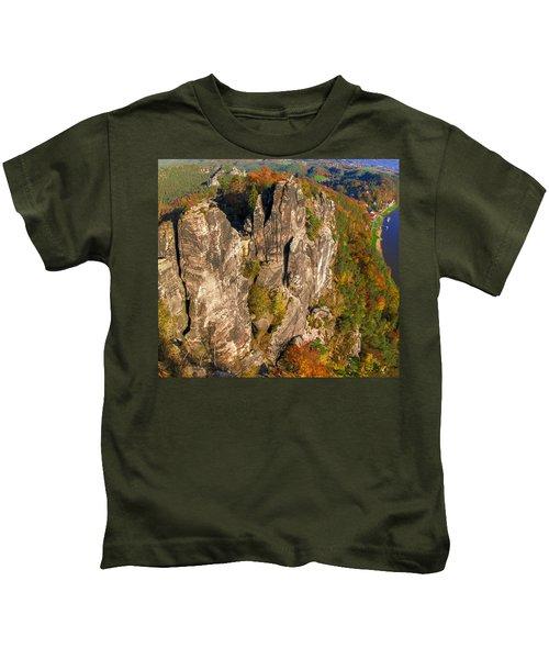 Neurathen Castle In The Saxon Switzerland Kids T-Shirt
