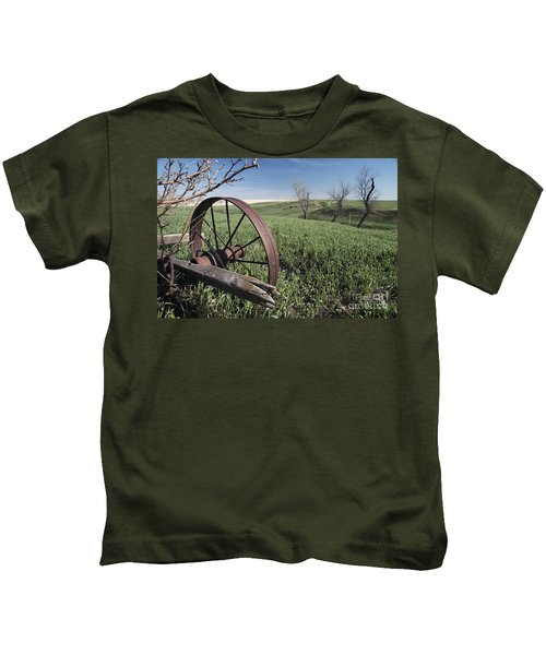 Old Farm Wagon Kids T-Shirt