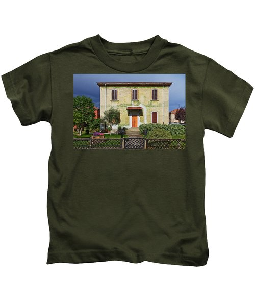 Old House In Crespi D'adda Kids T-Shirt