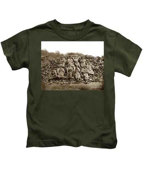 Pierce Brothers Abalone Morro Bay Circa 1925 Kids T-Shirt