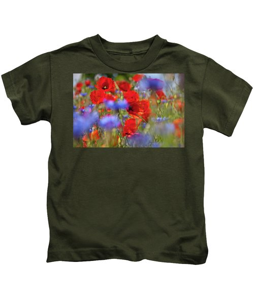 Red Poppies In The Maedow Kids T-Shirt