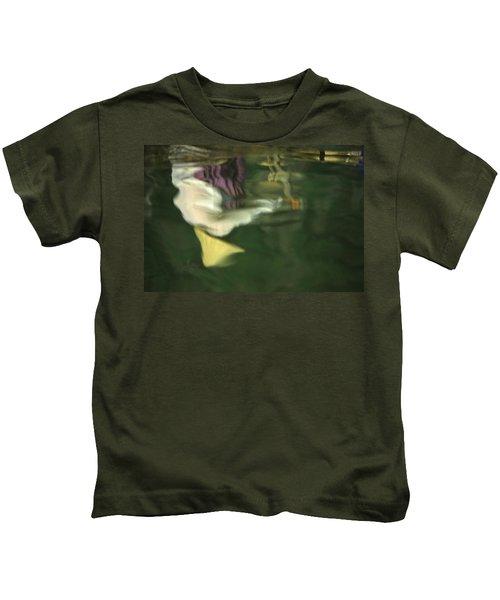 Reflection Of Women In Mekong Kids T-Shirt