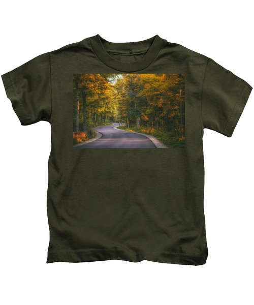 Road To Cave Point Kids T-Shirt