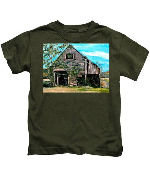 Rustic Barn - Mooresburg - Tennessee Kids T-Shirt