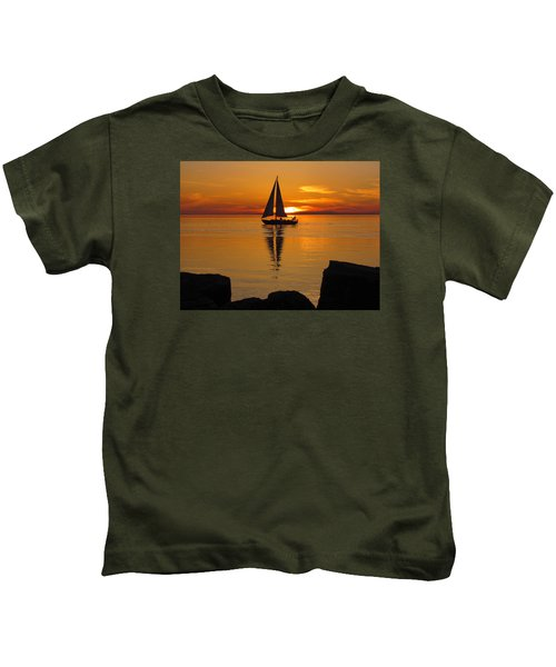 Sister Bay Sunset Sail 2 Kids T-Shirt
