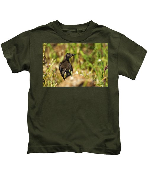 Starling Kids T-Shirt by Guido Montanes Castillo