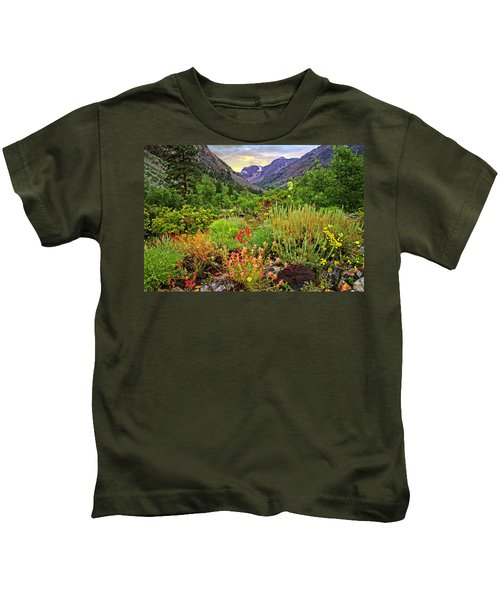 Summer Wildflowers In Lundy Canyon Kids T-Shirt