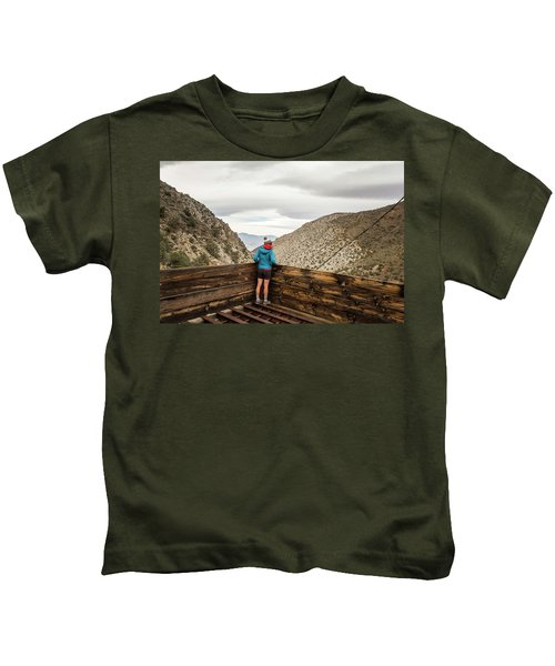 Surprise Canyon, Death Valley, Ca, Usa Kids T-Shirt