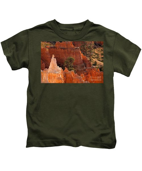 The Popesunrise Point Bryce Canyon National Park Kids T-Shirt