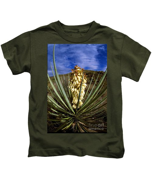 Torrey Yucca In The Chisos Mountains Kids T-Shirt