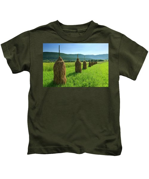 Traditional Haystacks In A Field Kids T-Shirt