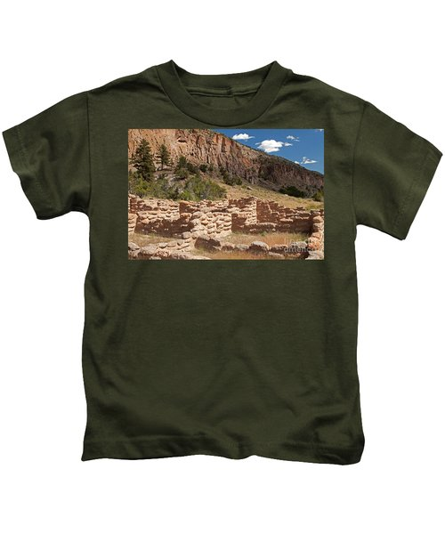Tyuonyi Bandelier National Monument Kids T-Shirt