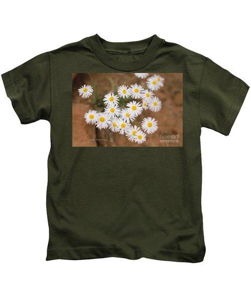 Unidentified Daisy Kids T-Shirt