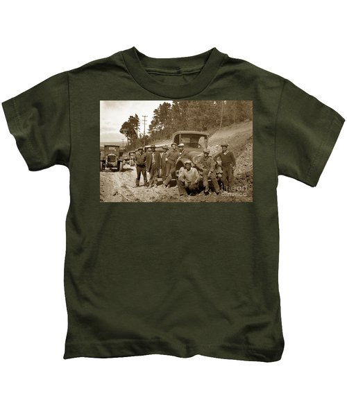 Workers On Highway One Monterey Carmel Hill California 1929 Kids T-Shirt
