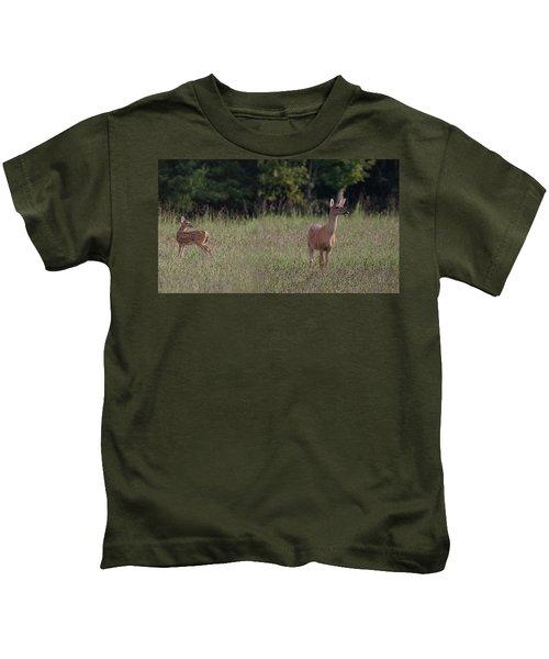 Alert Doe And Fawn Kids T-Shirt
