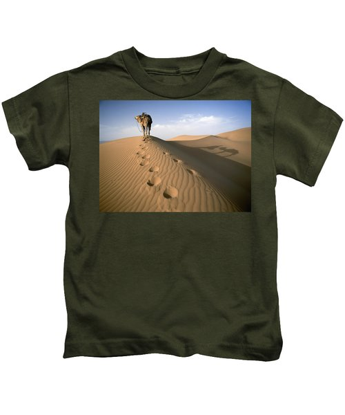 Blue Man Tribe Of Saharan Traders With Kids T-Shirt