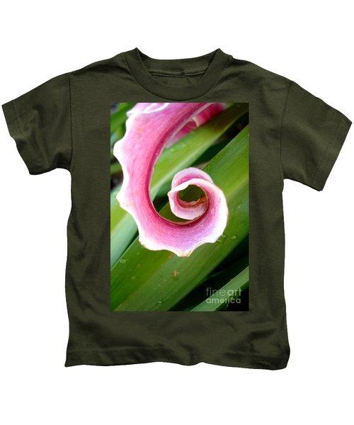 Lily Spiral Kids T-Shirt