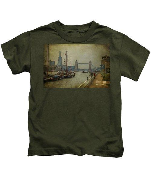 Moored Thames Barges. Kids T-Shirt