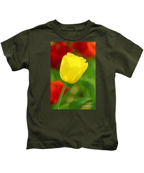 Tulipan Amarillo Kids T-Shirt