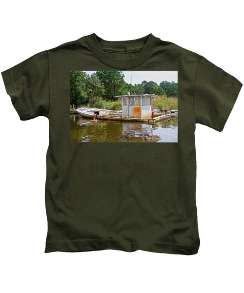 While The Captain's Away The Girls Will Play Kids T-Shirt