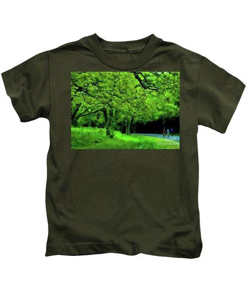 Faire Du Velo Kids T-Shirt