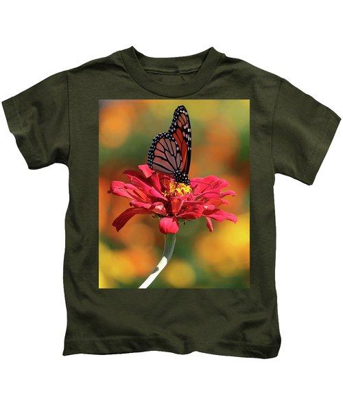 Butterfly On Zinnia Kids T-Shirt