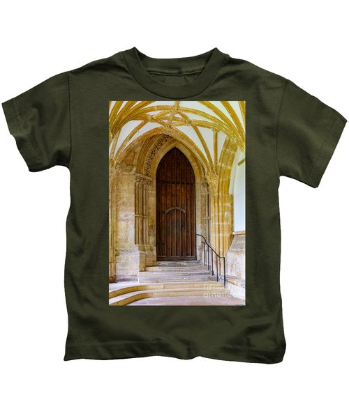 Cloisters, Wells Cathedral Kids T-Shirt
