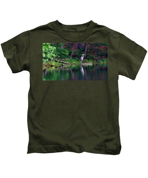 Posing Great Blue Heron  Kids T-Shirt